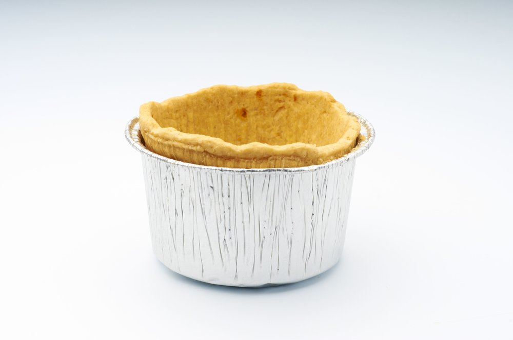 "2 "" Short Cheese Pasty Cups in Tin Product code - FF 5220T Flavour           - Savoury Dimensions    - 7.2 x 4.5 cm 96 units per box"