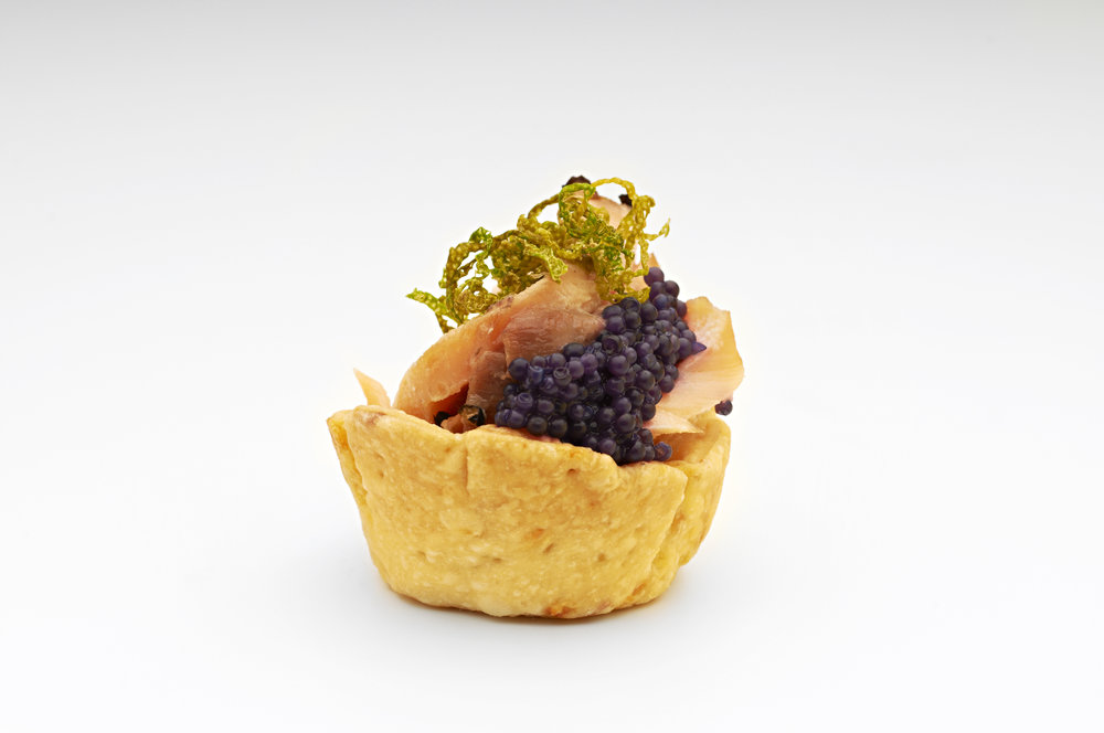 "1"" Cheese Straw Basket Dlx  Steamed salmon dried lime and black lump fish caviar in a 1"" cheese Straw dlx case  Product code - FF2011"