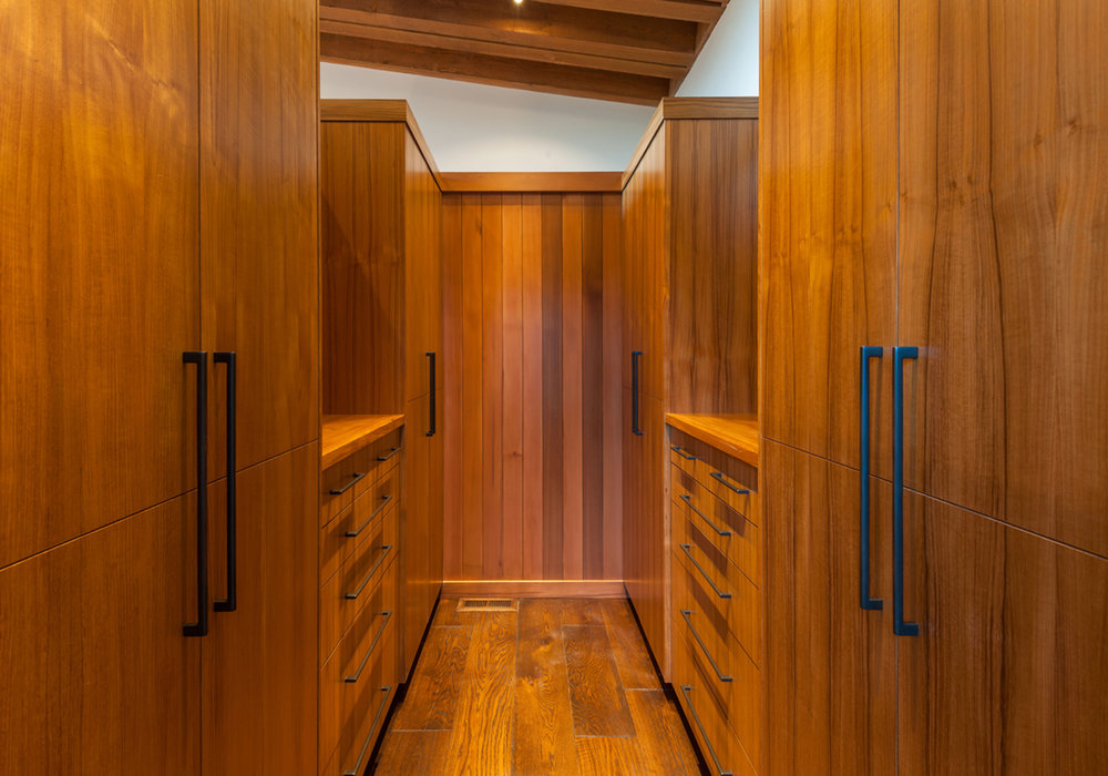 Lot 43_Master Closet_Custom Cabinetry (2).jpg
