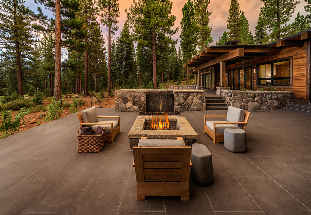 Lot 52_Exterior_Firepit Terrace_Pavers.jpg