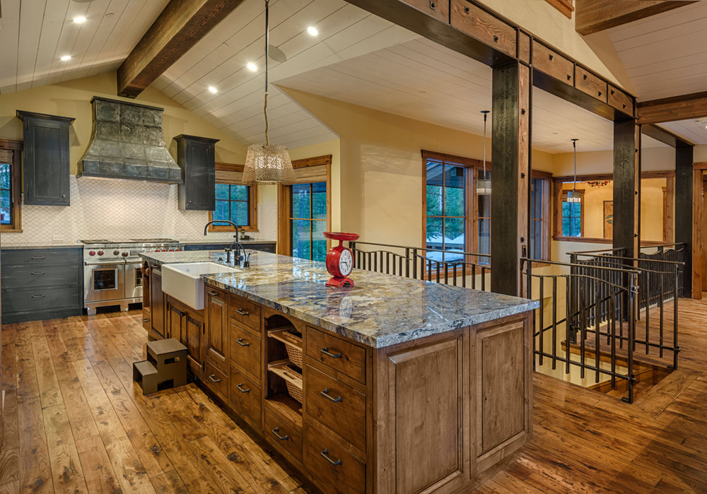 Lot 280_Kitchen_Island_Farmhouse sink_Wood Floor.jpg