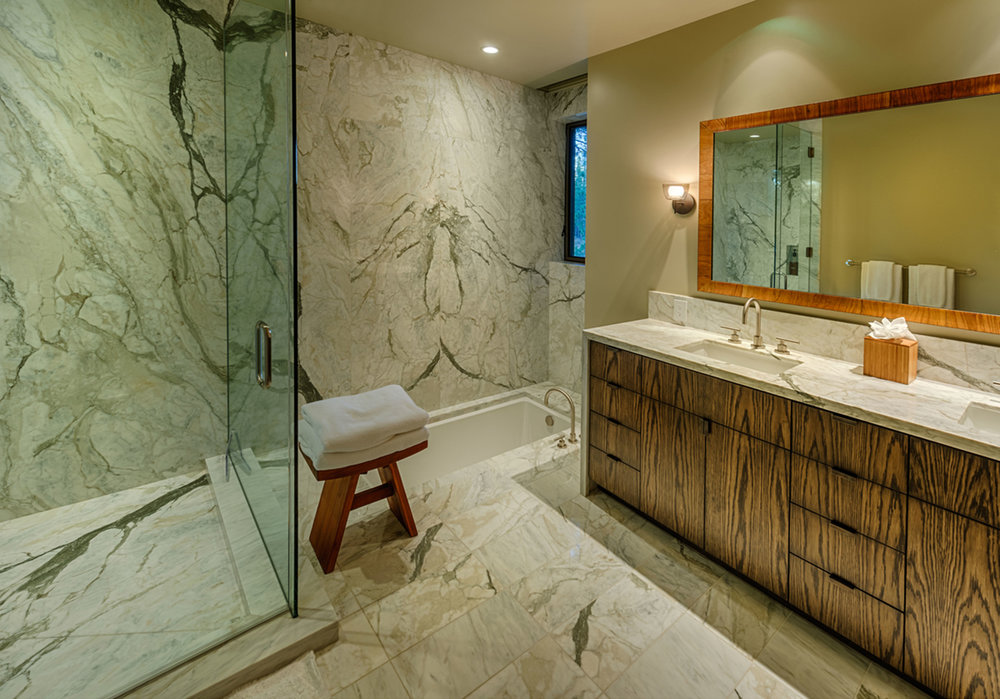 Lot 403_Master Bath_Builtin Floor Tub_Slab Walls.jpg
