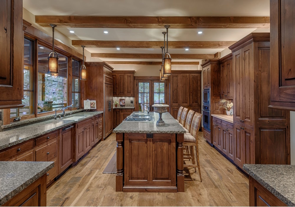 LH 341_Kitchen_Island_Cabinetry.jpg