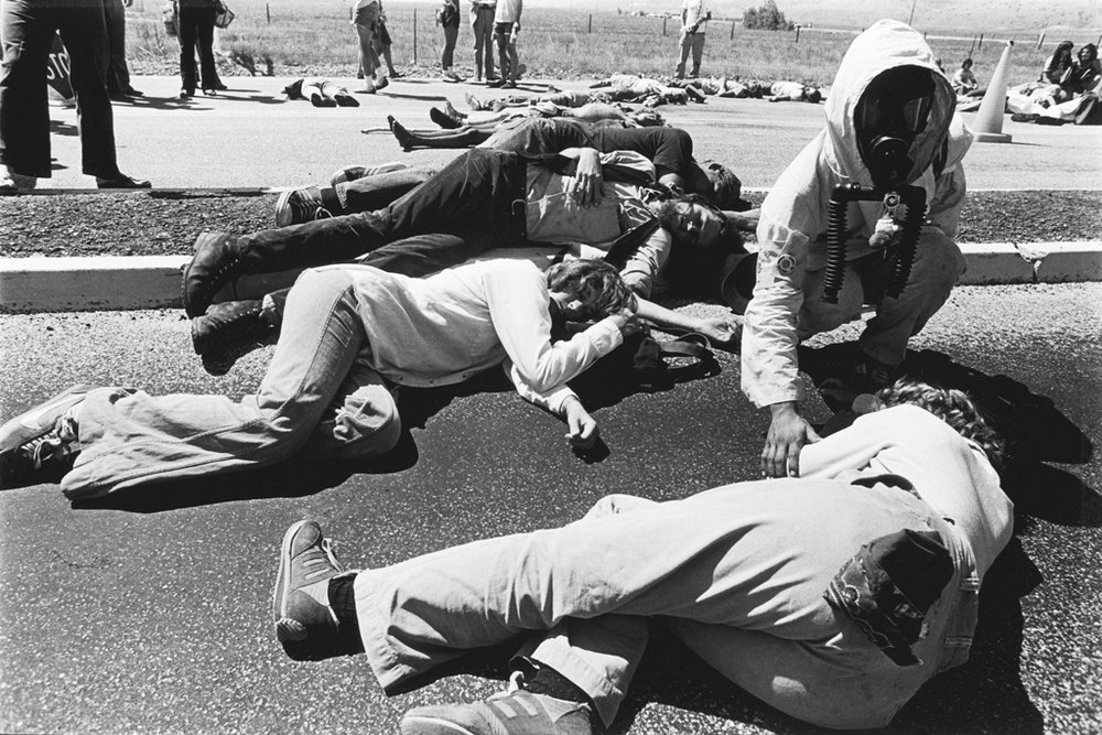 August 9, 1978: A large group gathers on the tracks to commemorate the bombing of Nagasaki. Demonstrators drop to the pavement in mock death at the exact moment – 11:02 a.m. – the bomb dropped on Japan 33 years earlier.