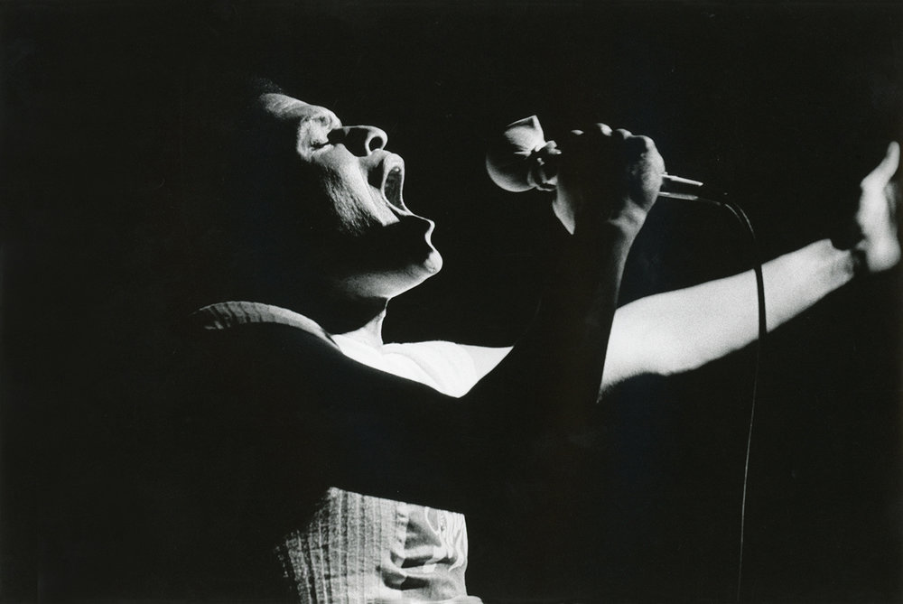 Singer Al Jurreau in concert