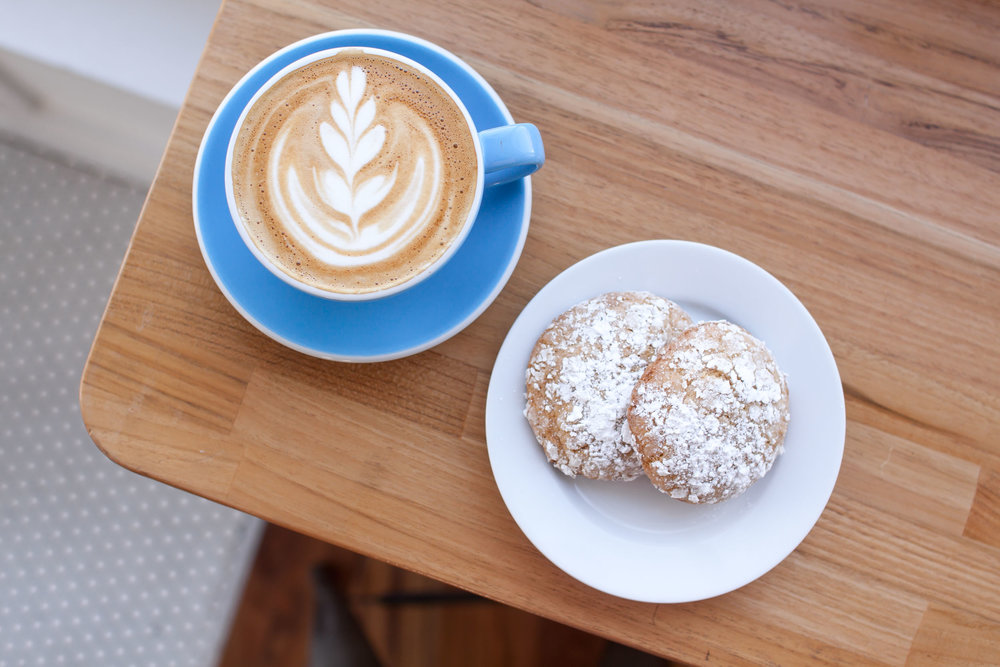 Lemon Crinkle Cookie Cappucino.jpg
