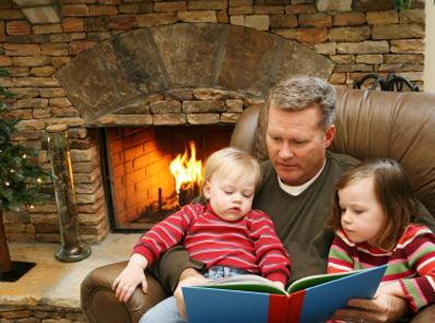 FB_dad_reading_to_children_EN.jpg