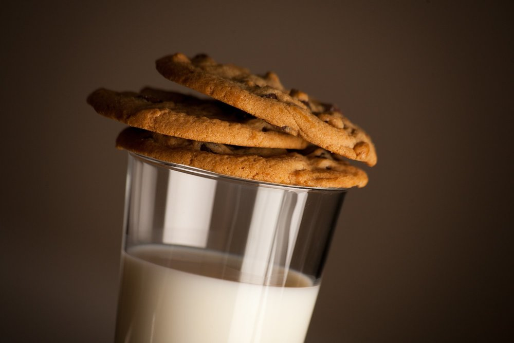 Oat Milk: Recipe, Ingredients, Nutrition, Uses. Everything you need to know about Oat Milk!
