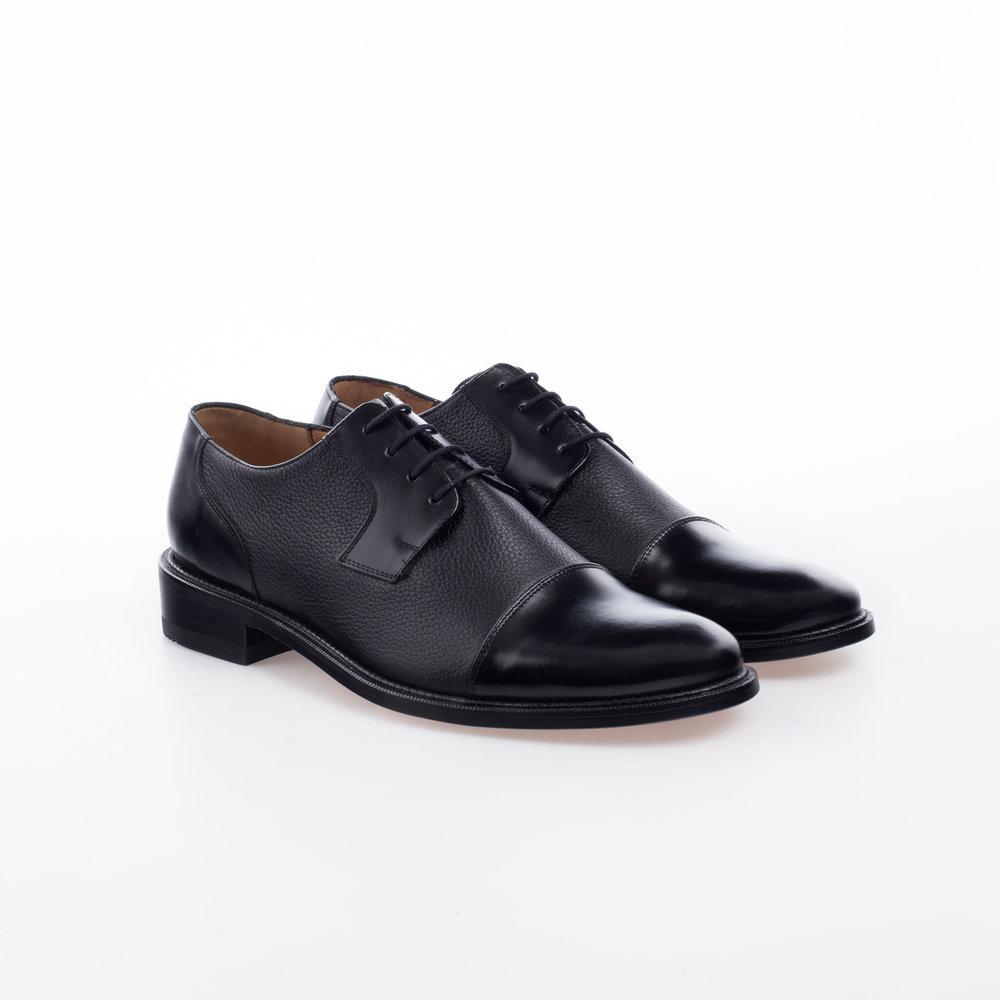 6001 Negro $1,499 MX Zapato Blucher con puntera lisa, combinación piel de toro.