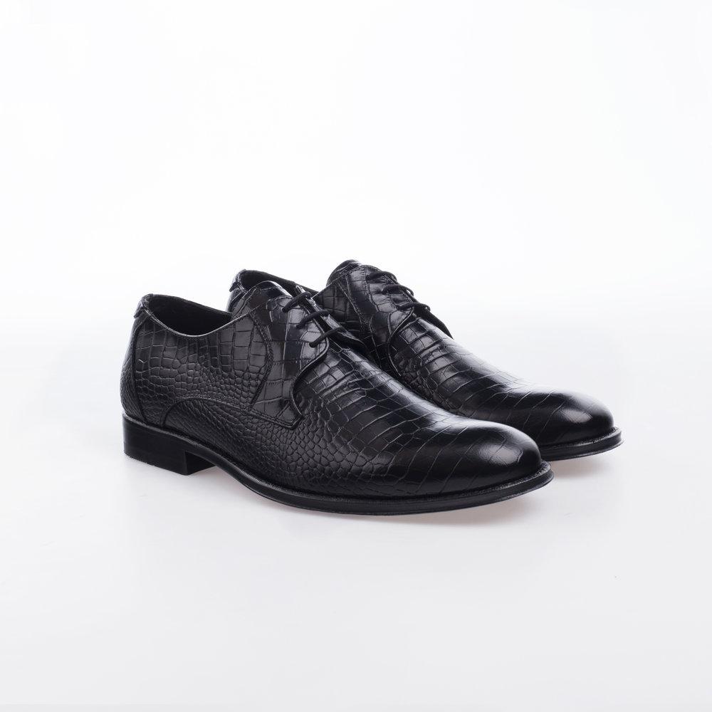 9132 Negro $1,599 MX Zapato Derby, Piel Alligator Stamping.