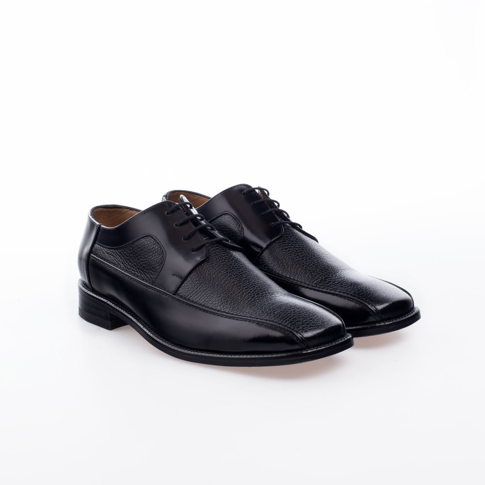 8020 Negro $1,299 MX Zapato Derby, combinación de pieles Ternera y Venado.
