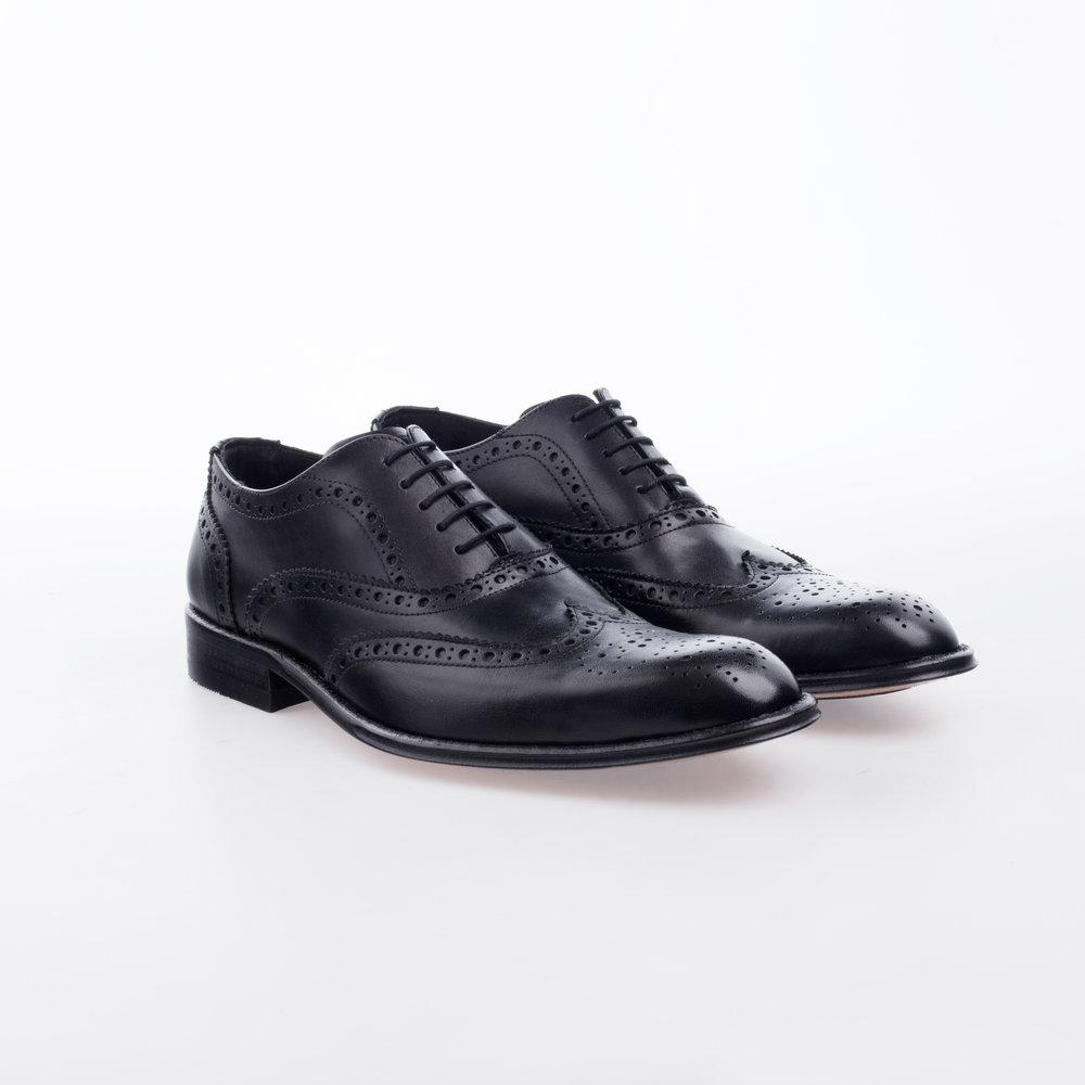 5031 Negro $1,799 MX Zapato Ingles, puntera de ala perforada, entintado a mano.