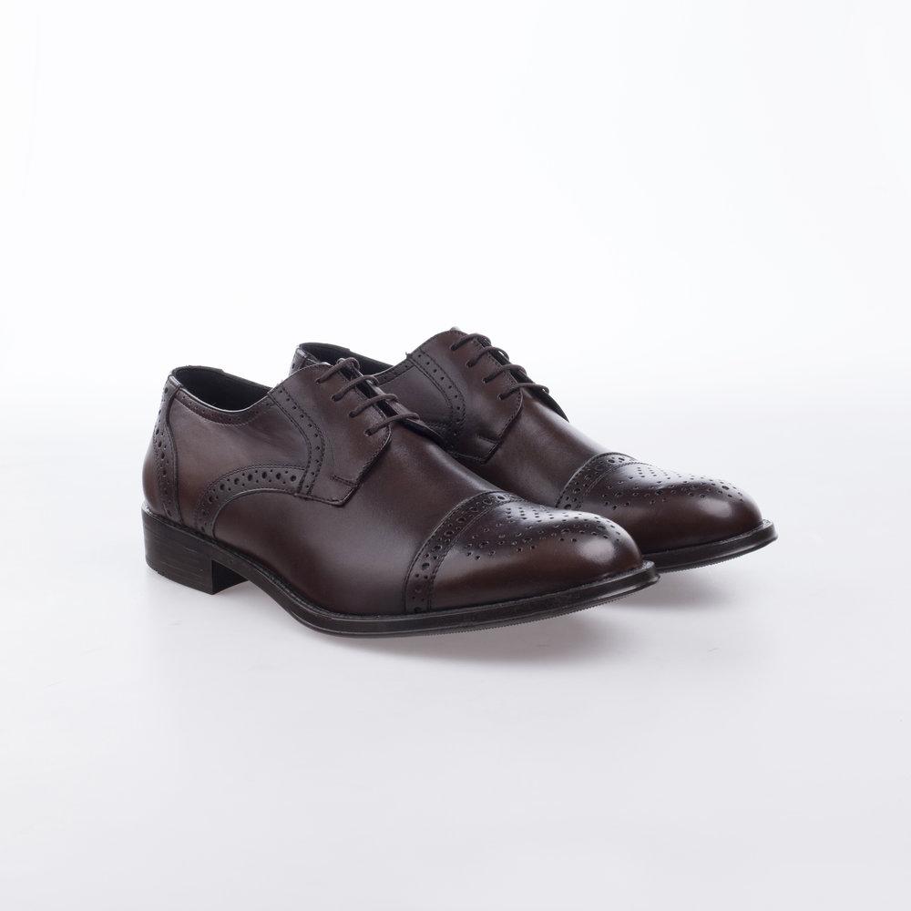 7800 Cafe  $1,199 MX  Zapato Derby puntera recta, suela de Alto rendimiento y Confort.