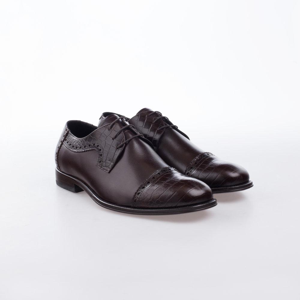 9133 Cafe $1,499 MX Zapato Derby, combinación pieles, Puntera recta en Alligator Stamping.
