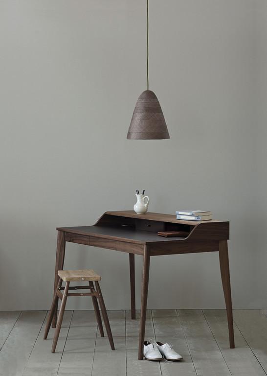 Julio desk