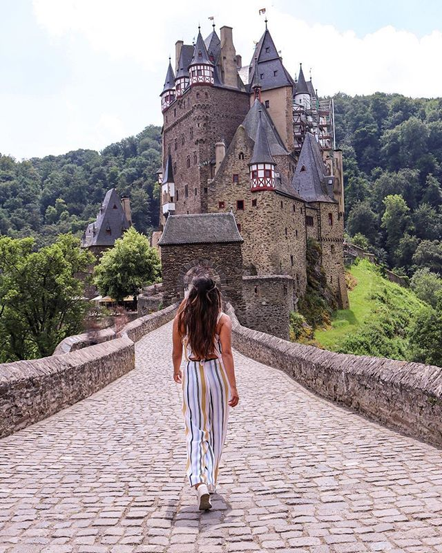Royalness by @travelparade✨🏰Elz Castle 🏰✨ Just one look at it and you'll see why it's one of the most revered castles in all of Europe.  Sure, Eltz Castle is one of many enchanting castles that you'll find in Germany… but (as many travellers will confirm), there's just something uniquely magical about it💫  #wetravelgirls #thisisnewlook . . . AmazingTravelBeauty✦ ✪ A M A Z I N G T R A V E L B E A U T Y -  BY @travelparade ✪ #ATB_travelparade ✪ Selected by @waynemoranmn ✦ C O N G R A T U L A T I O N S 🏆 ✦ Date: 13. 06. 18 ✦  Tag your best shots to ☛ #AmazingTravelBeauty ✦ ☛ Stop by the artist's feed for more wonderful pics. ֹ Enjoy more beautiful photos by visiting our friends's pages. ☛ @michaeldockhamphoto ☛ @tangotraci ☛ @travel.birdy_global ☛ @flyfreewildbyrd ☛ @abbyventure ☛ @geek_grl ☛ @beyondphotography_with_ash ☛ @betsyarmour ☛ @socialmediamax  meet our whole team at: https://www.amazingtravelbeauty.com/about/