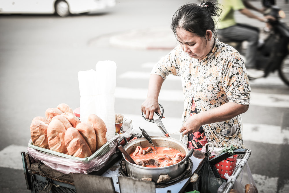 Viatnamese Street food vendor