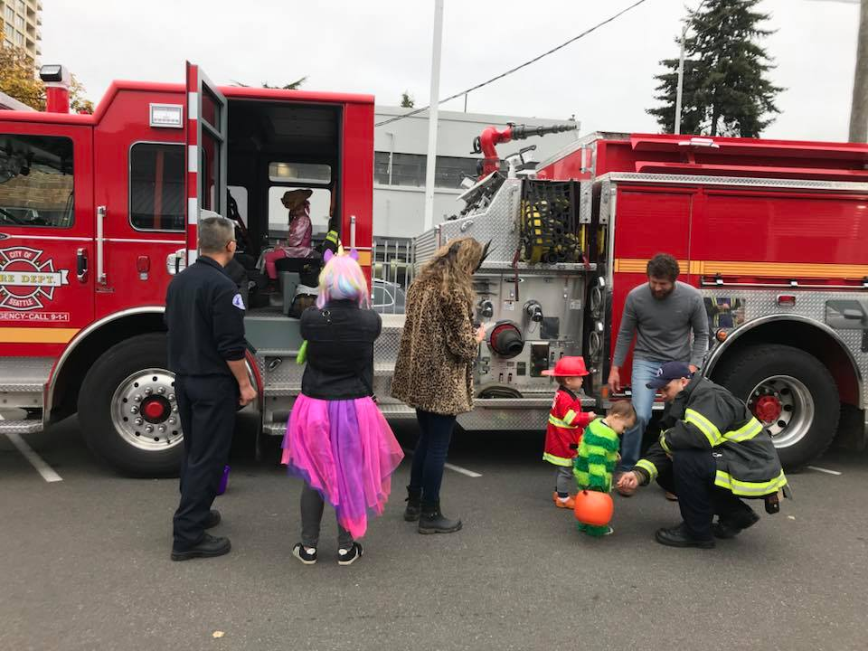 firetruck-halloween-2018.jpg