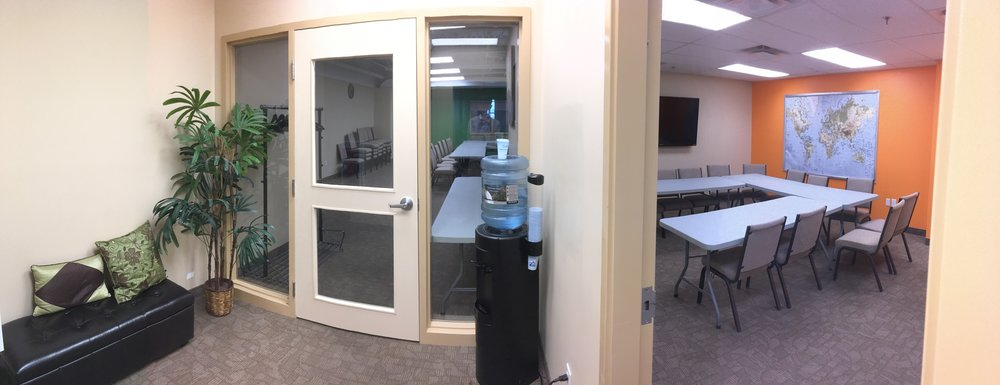 Large Seminar Room - Room 205JPG.jpg