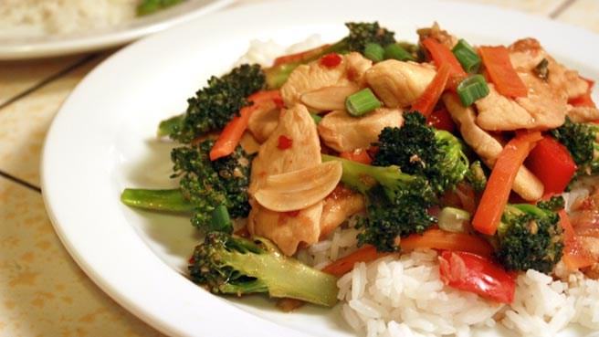 Lunch classics west 67 lounge grill stir fry 14 forumfinder Image collections