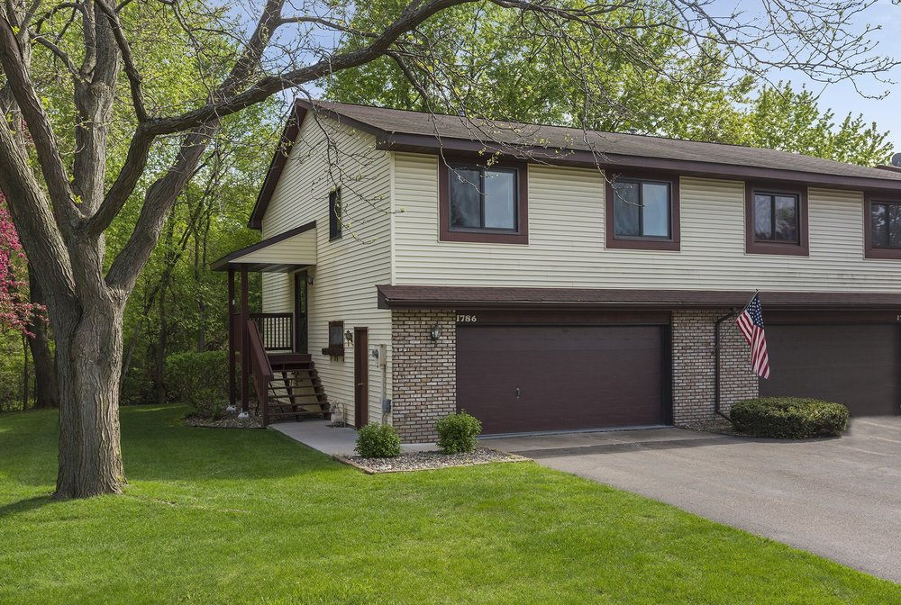 1786 Willow Court E  White Bear Lake, MN 55110 -