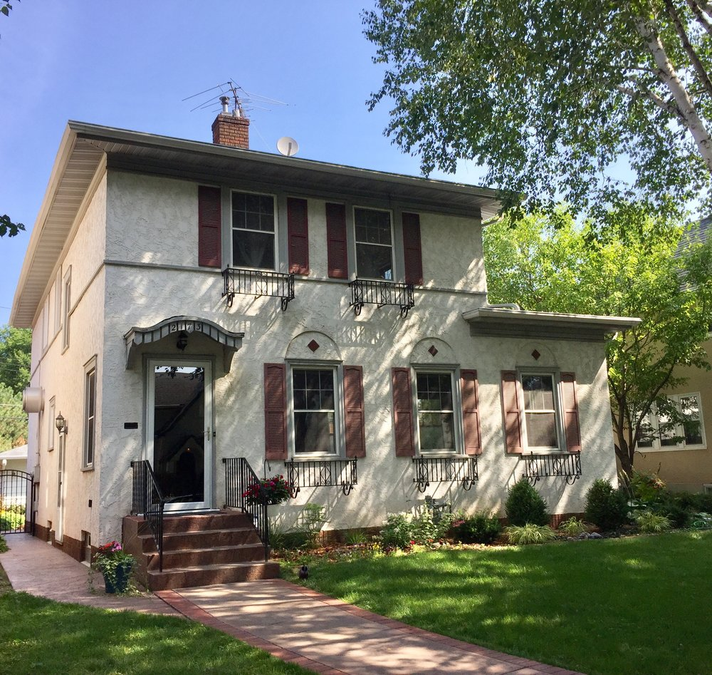 2173 Wellesley Avenue Saint Paul, MN 55105 -