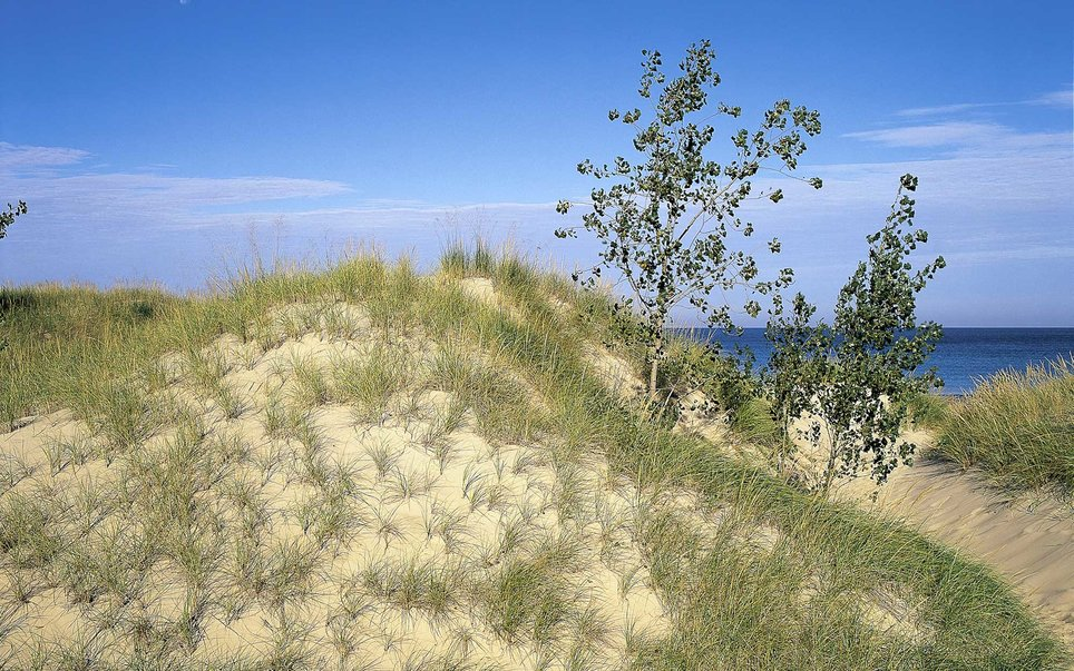 This National Lakeshore encompasses 15 miles of the Lake Michigan shoreline in northern Indiana.