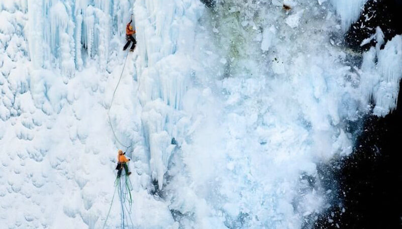 Similar to the snowslide, ice fall occurs in the high temperature season and the highest temperature of the day time.
