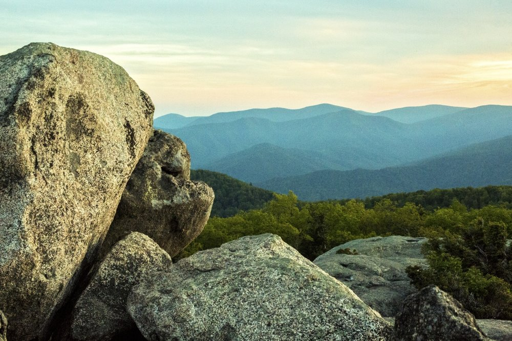 Old Rag is Shenandoah National Park's contribution to the great mountains of America.The granite-topped peak delivers incredible views and a rock scramble along the way.Strike up the north slope of Old Rag, emerging onto a massive granite slab, revealing farfetched panoramas.