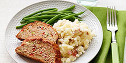 creamy-mashed-potatoes-turkey-meatloaf-2.jpg