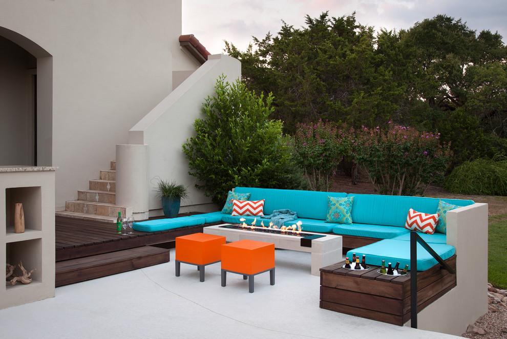 transitional-patio.jpg