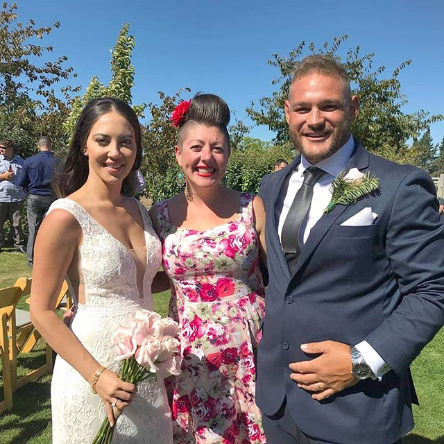 *AMANDA and RAY* Such a gorgeous day for a gorgeous couple! Congratulations to you both 💜💖💋 . . . . . #celebrantemily #sayidoinwanaka #wanakacelebrant #celebrantwanaka #lovewanaka #wanaka #lakewanaka #wanakawedding #wanakaweddings #weddingwanaka #loveislove #lovemyjob