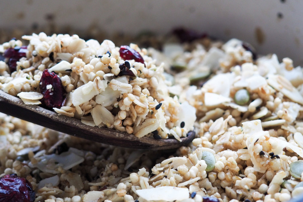 Kitchen Table Granola /recipe