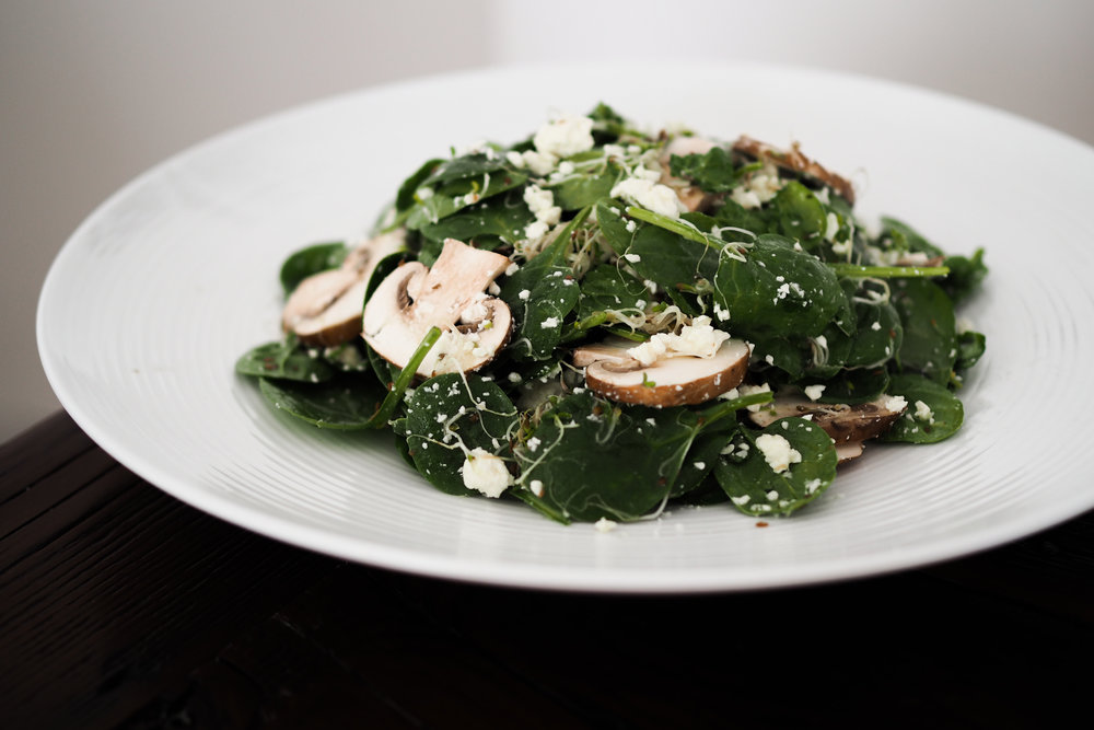 Spinach & Sprout Salad with Honey Dressing