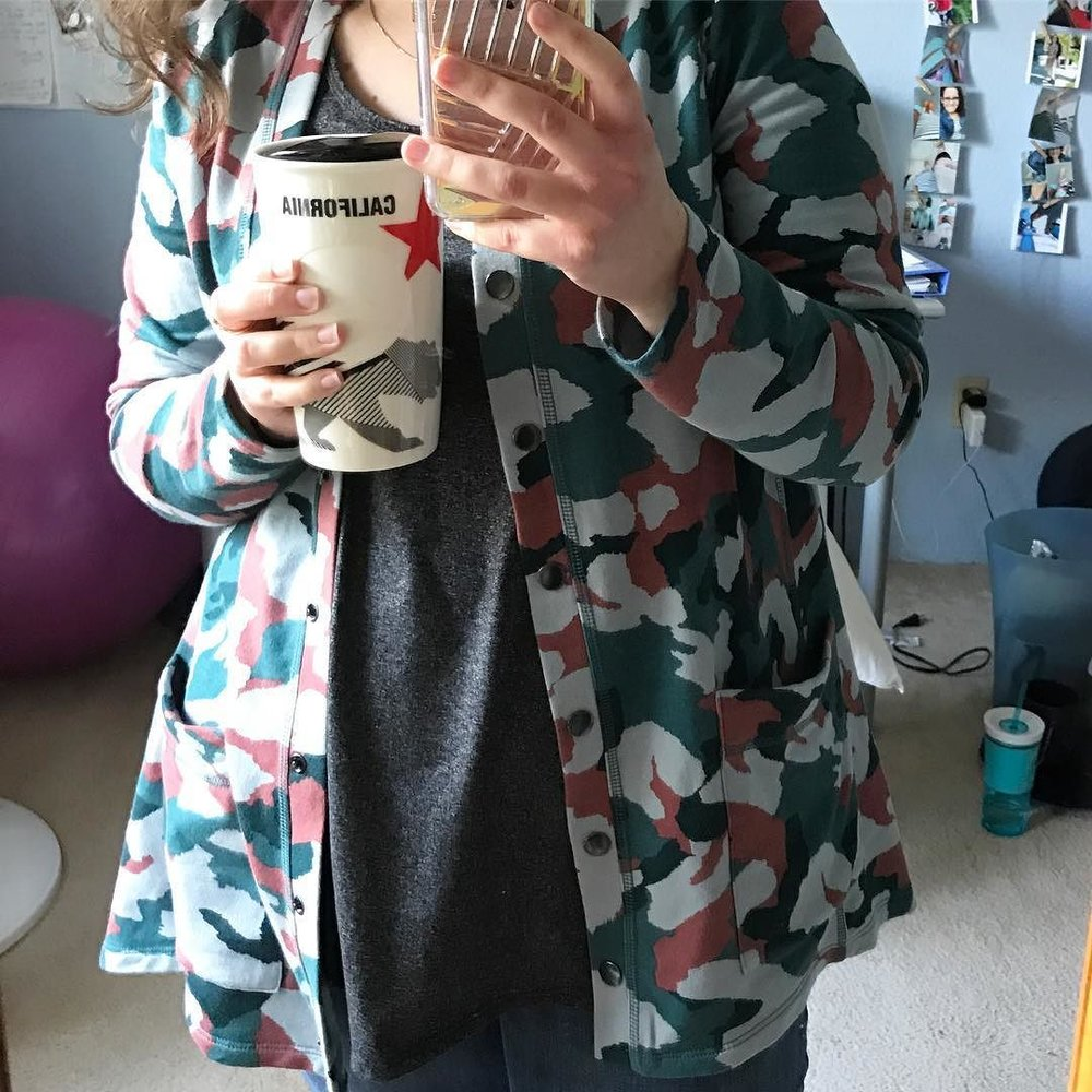 Camo___grey____my_CA_Starbucks_travel_mug__on_this_Monday.__thedailycombo__logofied__ootd.jpg