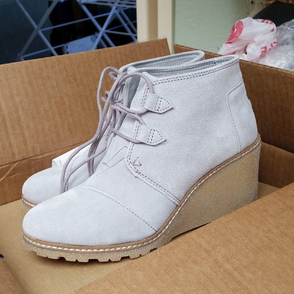 I_was_debating_which_booties_to_purchase_this_year_and_then__toms_released_this_new__more_rugged_version_of_their_classic_wedge_booties._And_I_was_SOLD.__toms__tomstribe__What_s_your_go-to_bootie_for_this_fall__booties.jpg