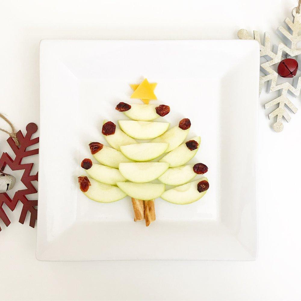 Apple Slice Christmas Tree