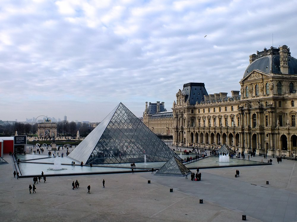 THE LOUVRE - The Louvre isn't just any old art museum – it's the biggest and most-visited art museum in the world! 😮 And there's one in Abu Dhabi, too. The Louvre is filled with more art than you could ever see in one day, but be sure to see the Mona Lisa by Leonardo da Vinci, Liberty Leading the People by Eugène Delacroix and the excellent Egyptian art collection. 🎨 Outside, don't forget to take a picture with the famous pyramid!