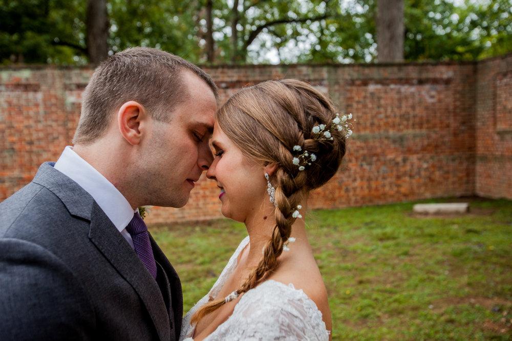 Bride-First-Look-Richmond-Weddings.jpg