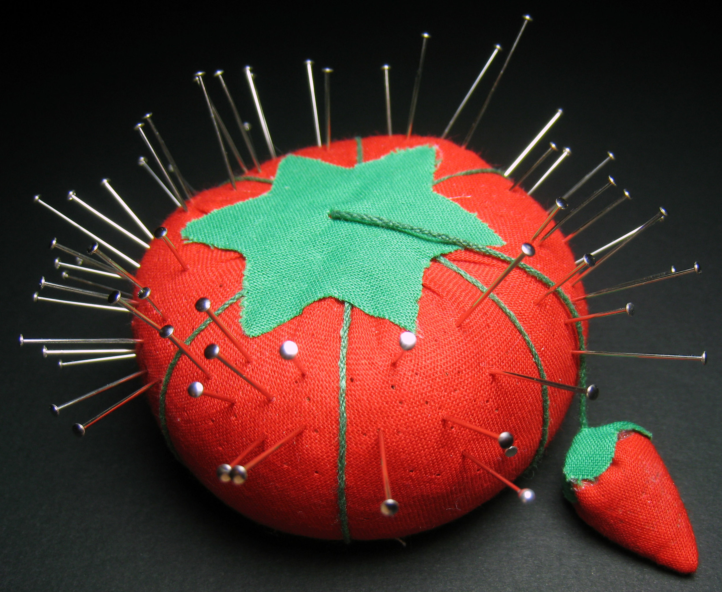 Strawberry_pincushion