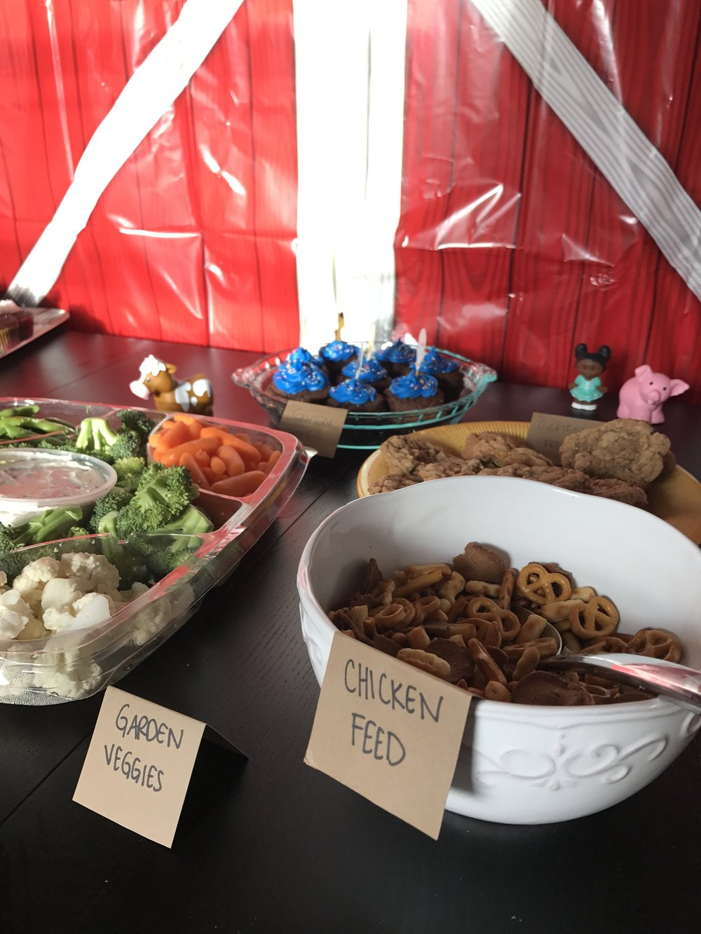 barn animal birthday bash food