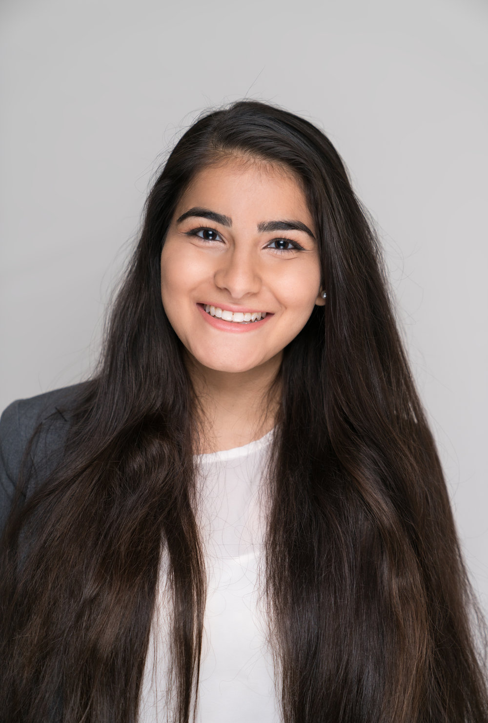 Navya Chauhan    Major: Neurobiology, Physiology, and Behavior Career Goal: OB/GYN