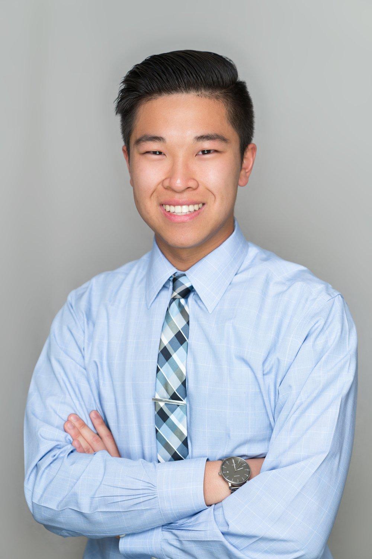 Jeffrey Jiang   Major: Biochemistry and Molecular Biology   Career Goal: Cardiologist