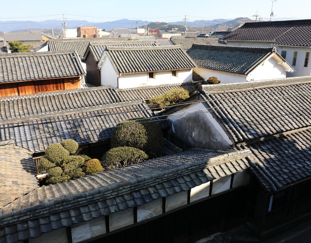 Originally laid out in a grid pattern to facilitate commerce, Gose has a beautiful collection of Edo, Meiji, and Showa era architecture built by the town's successful merchants.