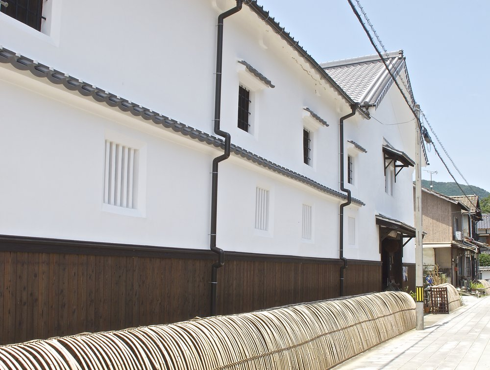 The more modern Meiji era buildings of Fujii Shuzo.