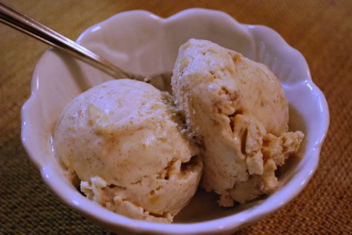 spiced apple ice cream