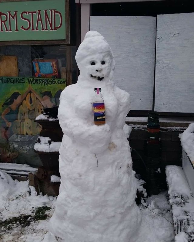 Even the snow folk prefer Salt Spring Island Kombucha!  #Saltspringkombucha #guthealth