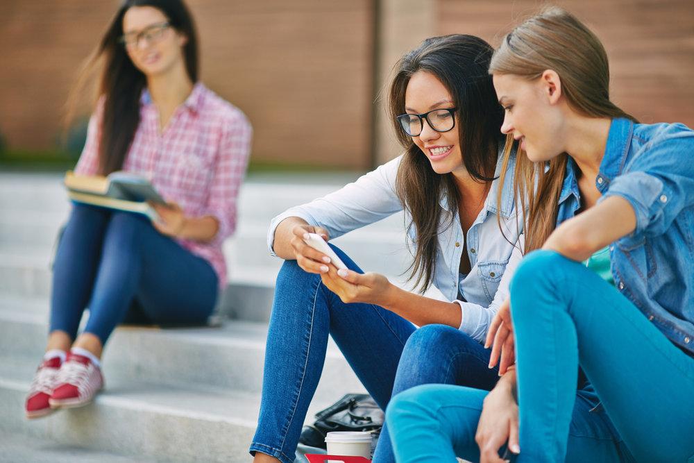 Besoin d'optimiser vos choix d'études ? De vous réorienter ? Nous vous accompagnons dans cette période si importante de votre vie. Voir les services étudiants