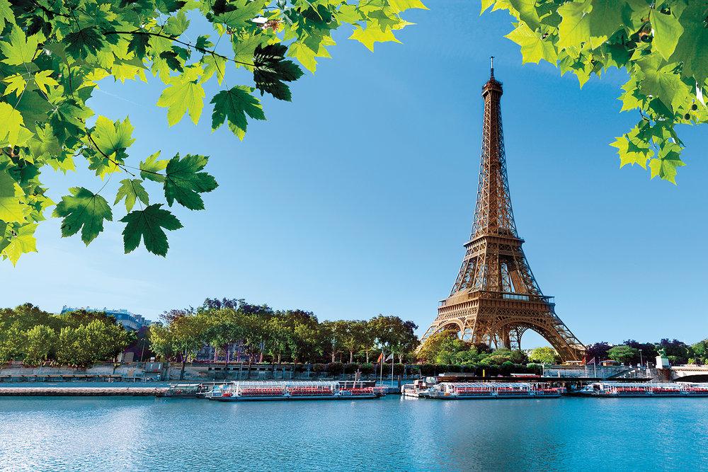 WineRegions_TheSeine_ss_109331300_EiffelTwr_Seine_UG3_48705.jpg
