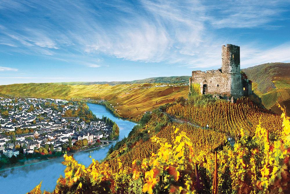 WineRegions_TheRhine_Burg-Landshut-Castle,-Rhine-River_UG2_51877.jpg